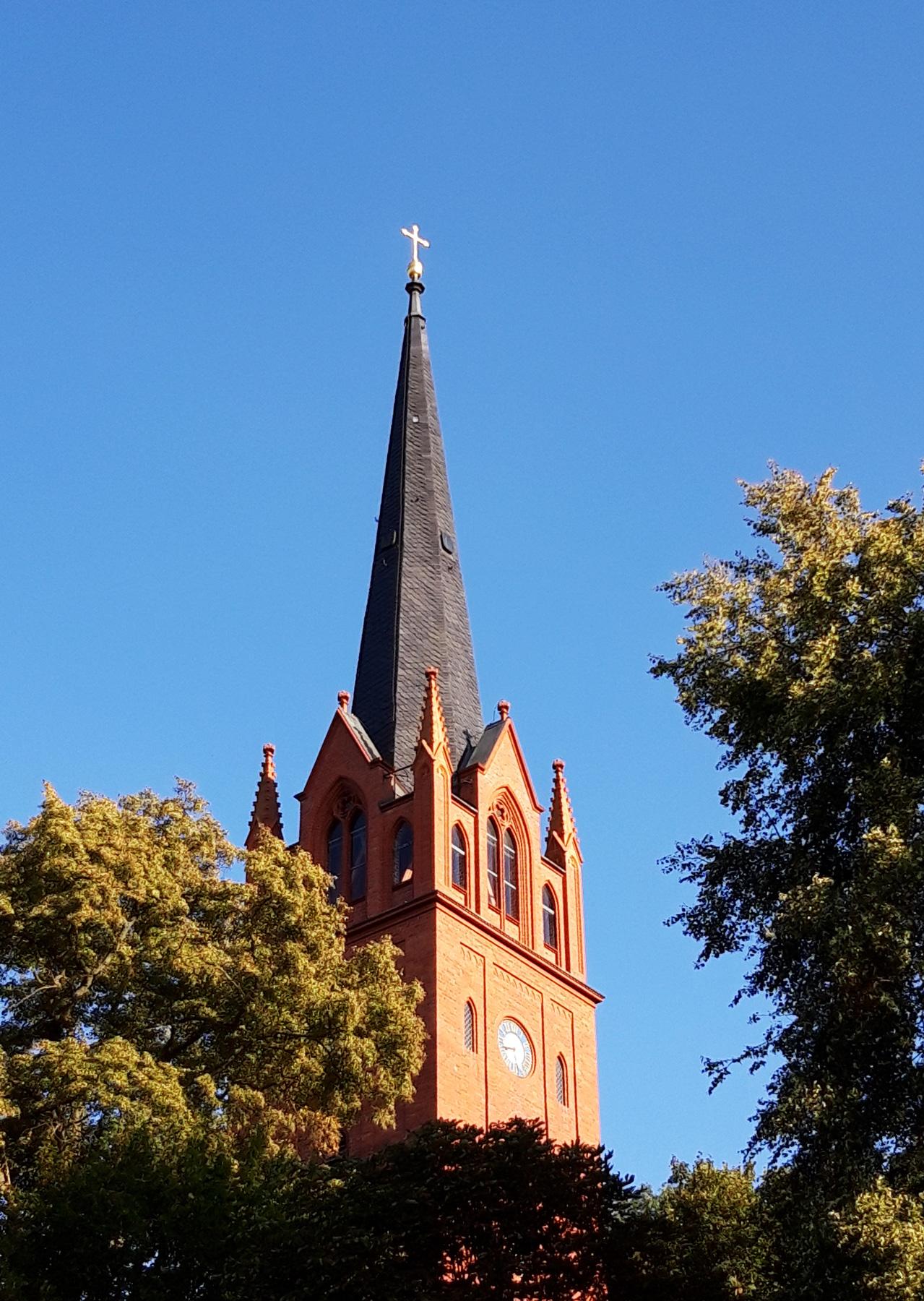 Die berühmte Stülerkirche direkt oberhalb der Pension